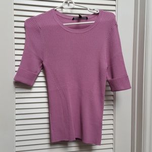 Whbm cute sweater top in size s NOWT